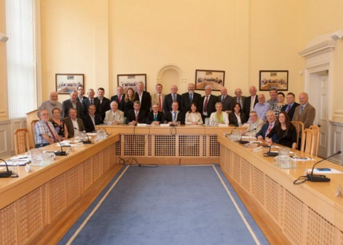 Members and Staff of the Regional Assembly with newly elected Cathaoirleach, Cllr. Thomas Kinsella and Leas-Cathaoirleach, Cllr. Tim Lombard (September 2013).