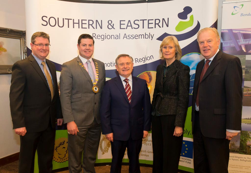 R to L: Mr. Michael O'Brien, Programme Liaison Officer, BMW Regional Assembly Cllr. Seamus O'Domhnaill, Cathaoirleach, BMW Regional Assembly.Mr. Brendan Howlin, TD, Minister for Public Expenditure and