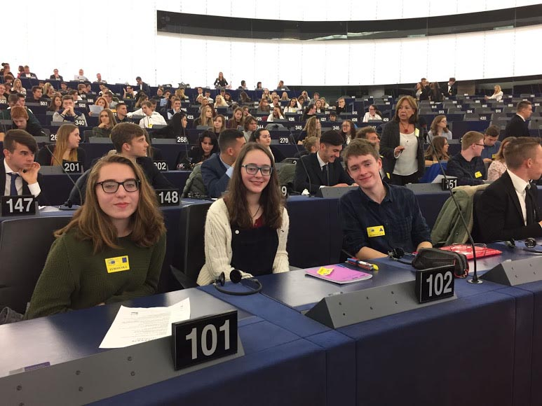 Winners of the Graduate.ie Quiz at the European Parliament in Strasbuorg including Eoghan Gethings.  Image Credit - Graduate.ie