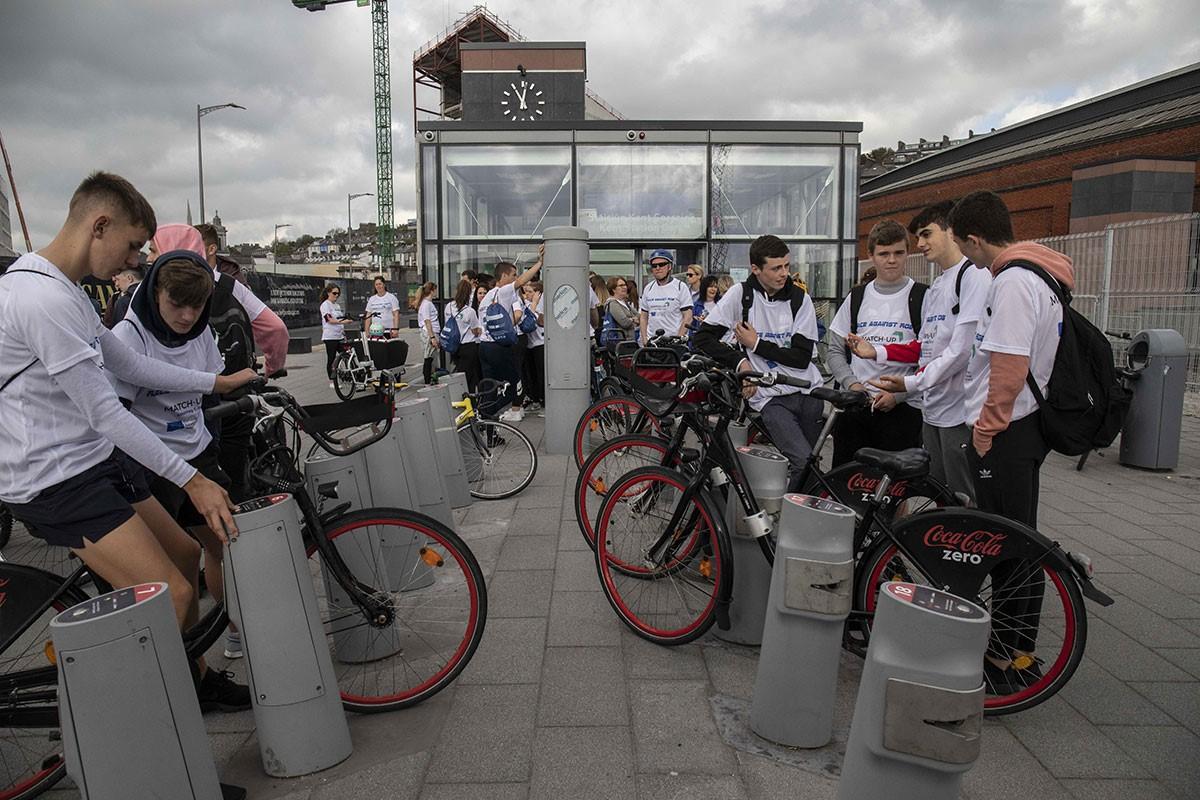 Race Against Rob - Hiring Bikes