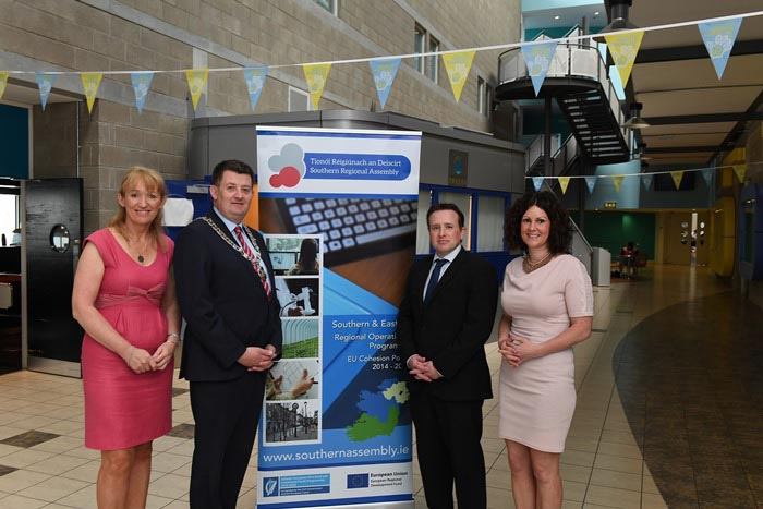 #EU in my Region Open Days Project visit to the ERDF co-funded Shannon ABC centre, Institute of Technology Tralee. (L to R) Derville Brennan, SRA; Cllr Damien Geoghegan, SRA; Tim Yeomans, Centre Manag