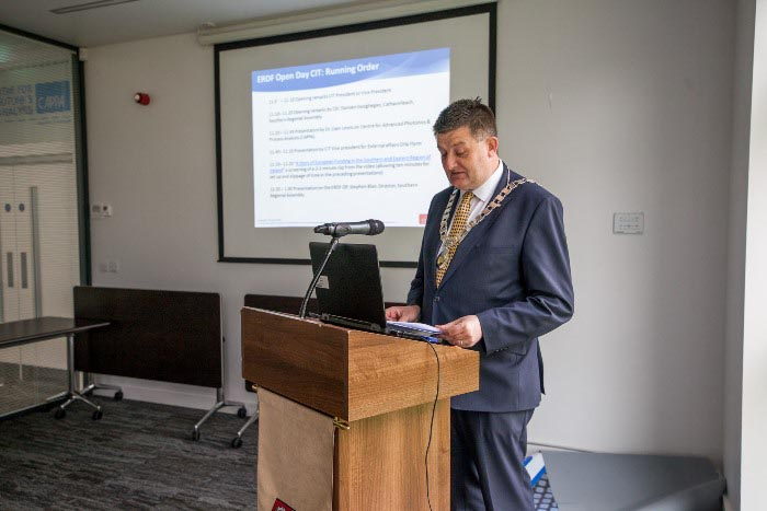 #EU in my Region Open Days Project visit to the ERDF co-funded CAPPA centre, Cork Institute of Technology. Cllr Damien Geoghegan, Cathaoirleach  welcoming those in attendance and presenting on the wo